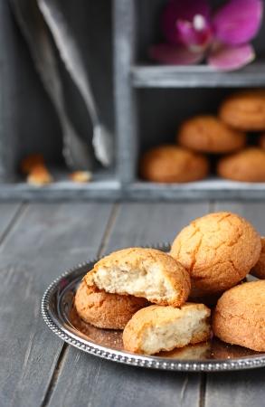 Galletas de almendra holandesas llamadas bitterkoekjes Foto de archivo