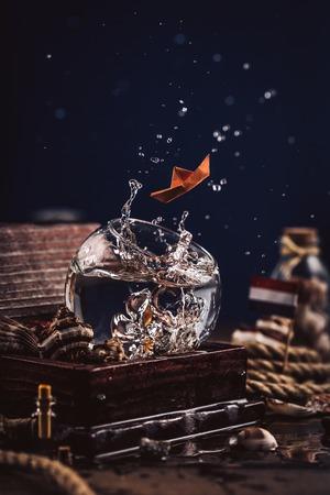 Water splash in round glass