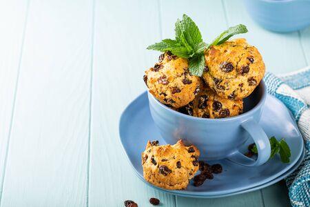 Muffin all'uvetta freschi fatti in casa