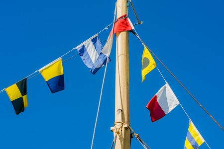 signalering: Gors op schip voor het signaleren en festiviteiten.
