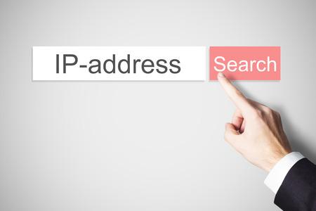 赤い検索ボタン ip アドレスを押すと実業家指 写真素材