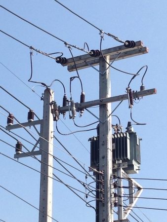 wire: Electric pole