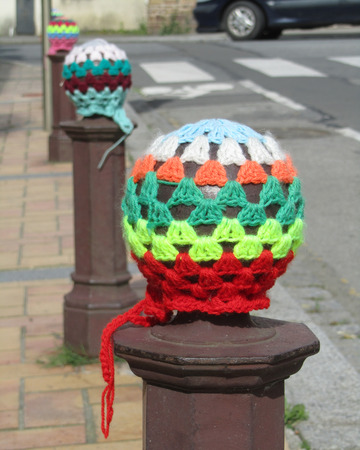 craze: Example of the craze of Urban Knitting also known as Yarn Bombing, used by knitting enthousiasts to brighten up urban spaces.