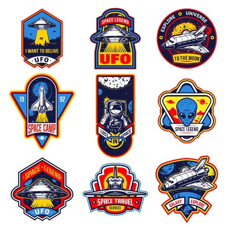 Set of vintage space and astronaut badges, emblems, logos and labels. Monochrome style. Vector illustration Foto de archivo - 95043871