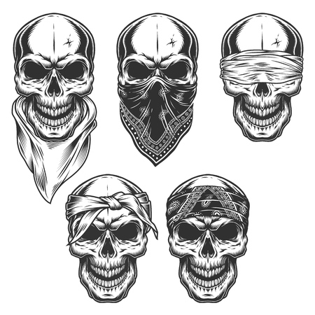 Set of skull in bandanas Фото со стока - 108111629