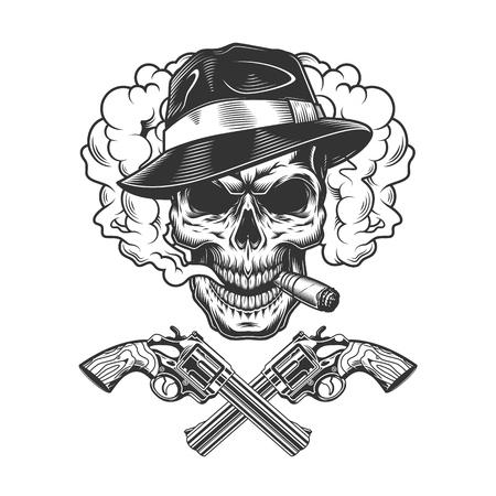 Crâne de gangster portant un chapeau fedora dans un nuage de fumée avec des pistolets croisés en illustration vectorielle isolée de style monochrome vintage Vecteurs