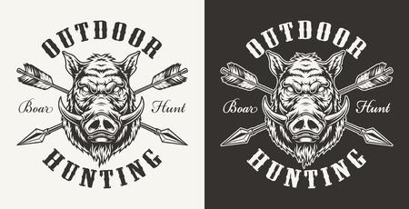 Etichetta di caccia al cinghiale vintage con testa di maiale feroce e frecce incrociate su sfondi chiari e scuri illustrazione vettoriale isolata Vettoriali