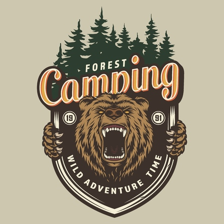 Colorful forest camping label with aggressive bear head isolated vector illustration Standard-Bild - 124540354