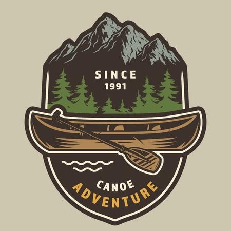 Etiqueta colorida de la aventura del verano del vintage con la canoa y el remo en el paisaje del bosque y de las montañas aislado ilustración vectorial Ilustración de vector