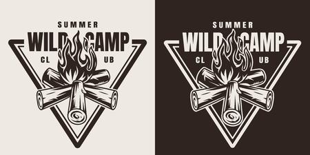 Emblème de saison de camping monochrome avec feu de joie en illustration vectorielle isolée de style vintage