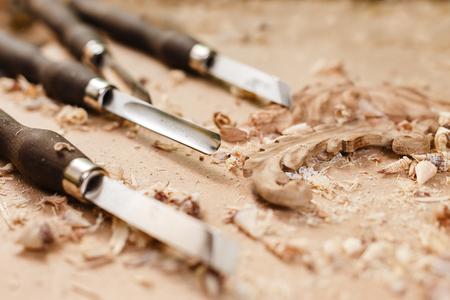 outils charpentiers dans l & # 39 ; atelier sur la machine d & # 39 ; artisanat . matériel