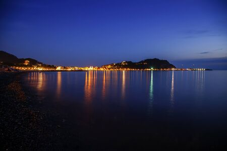 Sestri Levante by night, view of silence bay. Liguria, Italy Imagens