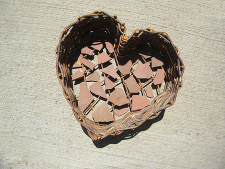 flagstone: heart with flagstone chips