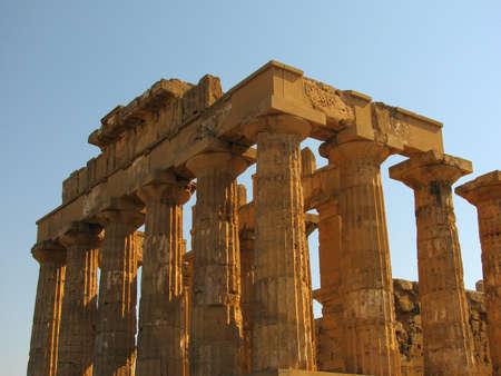 temple grec: temple grecque de Selinunte