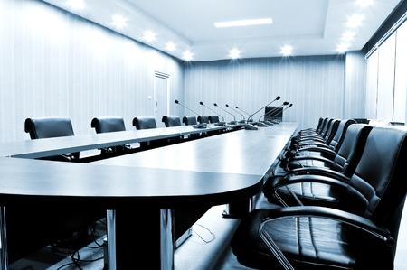 sala de reuniones: Presidentes de Sala de reuniones - tono azul Foto de archivo