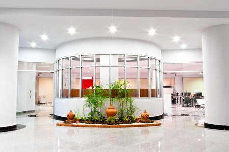 store window: front view of modern computer center Stock Photo