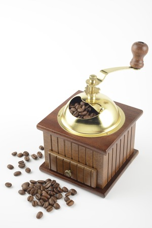 molinillo: Triturador de caf� y granos de caf�