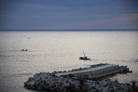 sea fishing: Sea fishing