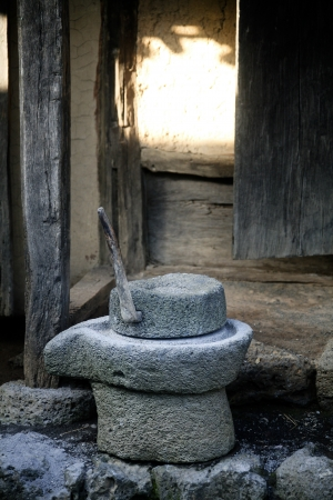 millstone: traditional tools, milling Stock Photo