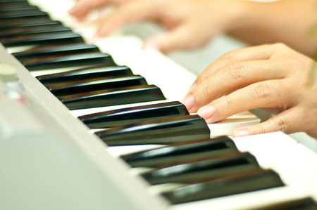 A man plays piano Banco de Imagens