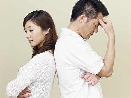 jonge Aziatische koppel met relatieproblemen Stockfoto