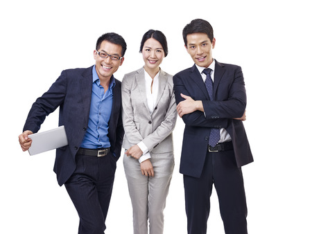 スタジオ ポートレート幸せアジア ビジネス人々、白で隔離されます。