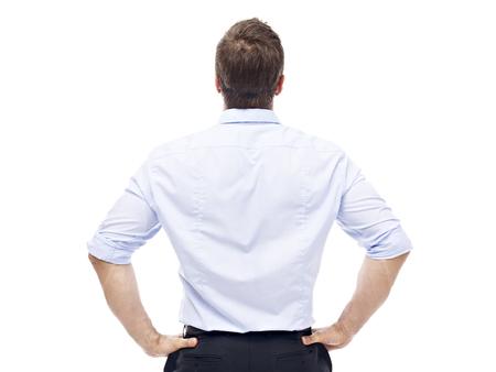 achteraanzicht van een blanke corporate executive, geïsoleerd op een witte achtergrond.