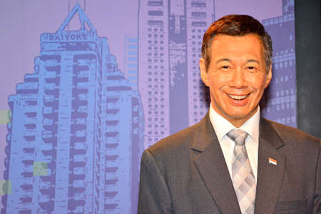BANGKOK, TH - DEC 13: Prime Minister of Singapore Lee Hsien Loong wax figure at Madame Tussauds on December 13, 2016 in Bangkok, Thailand. 新闻类图片