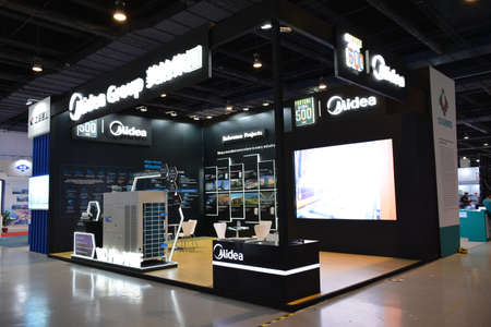 PASAY, PH - JULY 26 - Midea Group booth at Philauto show on July 26, 2019 in Pasay, Philippines. Éditoriale