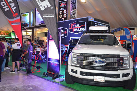 PASAY, PH - APR 7 - Ford F350 super duty pick up at Manila International Auto Show on April 7, 2019 in Pasay, Philippines. 新聞圖片