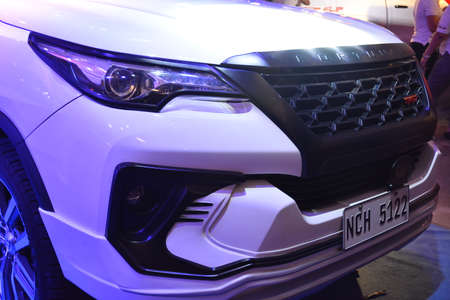 PASAY, PH - APR 7 - Toyota fortuner suv at Manila International Auto Show on April 7, 2019 in Pasay, Philippines. 新聞圖片