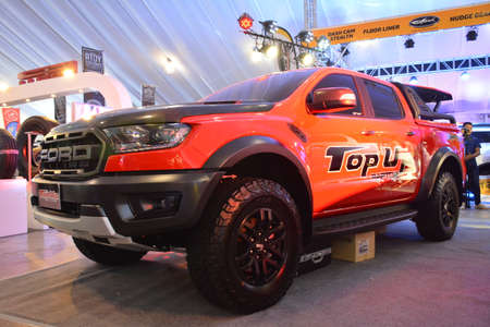 PASAY, PH - APR 7 - Ford raptor ranger pick up at Manila International Auto Show on April 7, 2019 in Pasay, Philippines. 新聞圖片