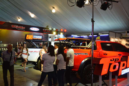 PASAY, PH - APR 7 - Top Up booth at Manila International Auto Show on April 7, 2019 in Pasay, Philippines. 新聞圖片