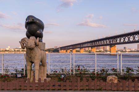 wuhan: sculpture in Wuhan Yangtze River Beach Park