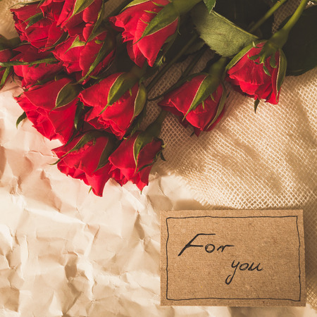 happy valentines day: Simple and romantic bunch of red roses and card