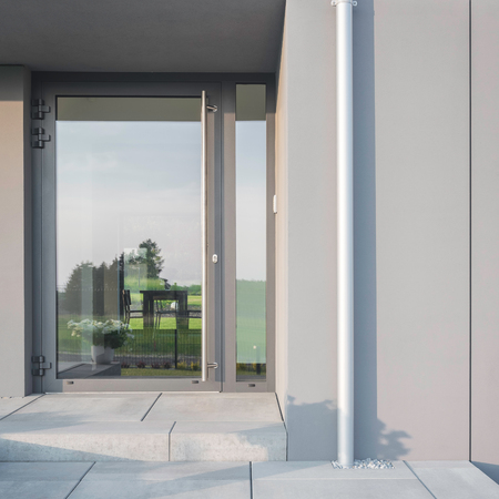 front house: Luxurious new house with a big glass front doors
