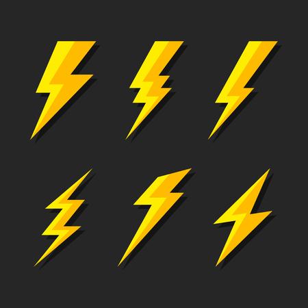 Set di icone flash illuminazione tuoni e bulloni. Stile piano su sfondo scuro. Vettore Vettoriali