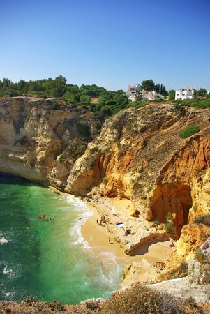 ferien: Beach of Para�so, in the most tourist region of Algarve, Portugal.