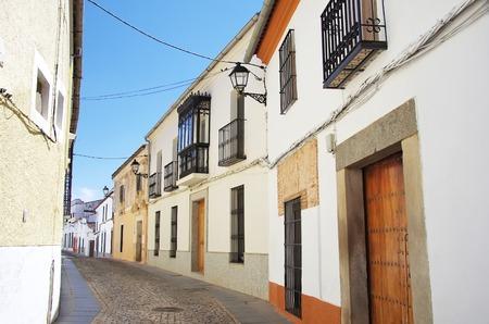 paisaje mediterraneo: calle de Zafra, Extremadura, España