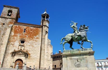 pizarro: Equestrian statue of Francisco Pizarro in Trujillo, Caceres, Spain