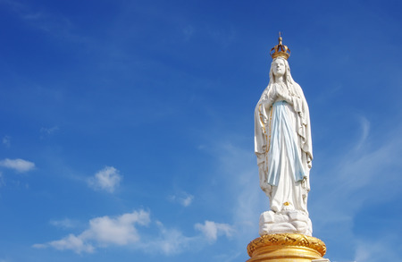 Our Lady, Virgin Mary, Mother of God in cloud sky 版權商用圖片