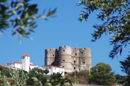 landscape of Evoramonte castle, Portugal Standard-Bild - 131249688