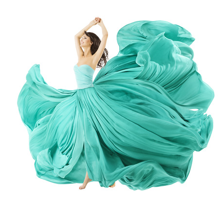 weisse kleider: Frau tanzen in Mode Kleid, Gewebe-Stoff waving Wind, Flying Girl In Flatternde Kleid und flie�end in Bewegung. Isolierte �ber wei�em Hintergrund