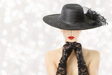 hut: Frau im Hut und Handschuhe, Model Schönheit Porträt, Schöne Mädchen versteckt Gesicht, rote Lippen