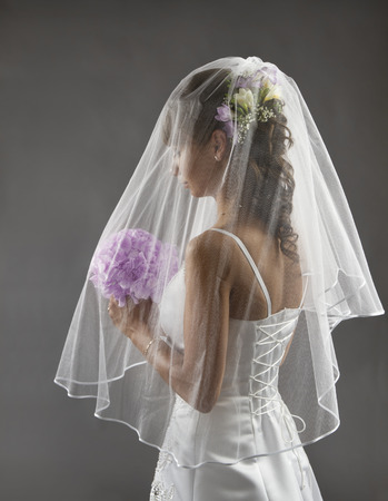 bridal hair: Bride Veil Portrait, Wedding Bridal Hair Style with Flowers Bouquet, Young Bride before Wedding Ceremony