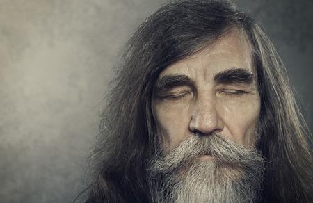 man face: Senior Oude Man Eyes Closed Ouderen Portret Aged Gezicht close-up Stockfoto