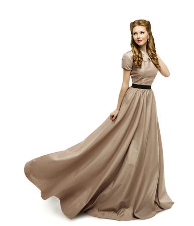 긴 가운에 여자 갈색 드레스, 패션 모델 화이트 켜기 스톡 콘텐츠