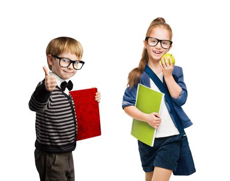 Schoolkinderen, Groep van Boy en Girl Kids in Glazen Going Back to School, geïsoleerde over wit Stockfoto