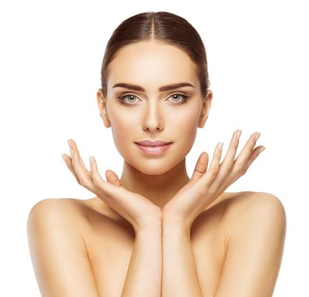 Mulher da face Mãos, Maquiagem Cuidados com a pele, modelo bonito Make Up Retrato, branco isolado Imagens