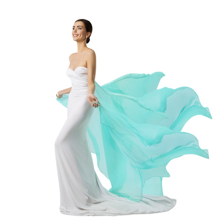 여자 긴 드레스, 플라잉 패브릭을 흔들며 흰색 실크 가운에 패션 모델